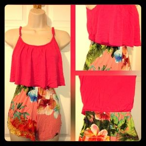 Rue 21 Romper Size Small Pink & Coral 🌼 🌹